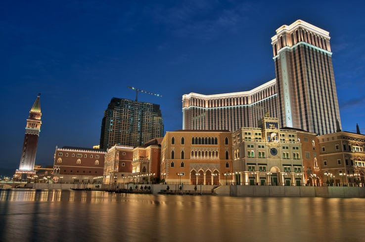 Casino Lovers - The Venetian Macao Casino, Macau